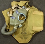 U.S. ARMY M2A2 Service Gas Mask and Carrier